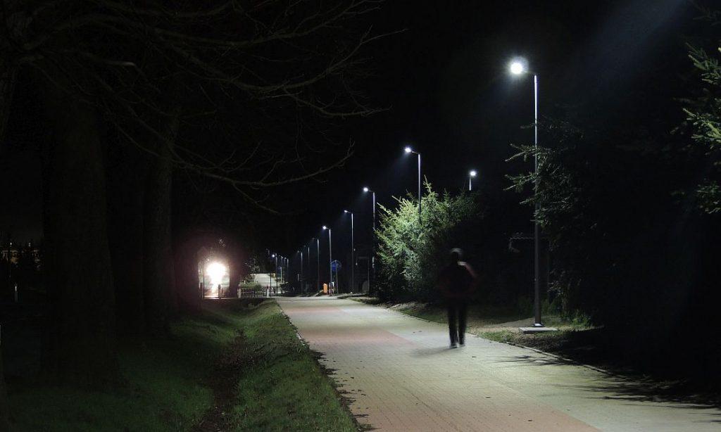 Inteligentne oświetlenie drogowe LED