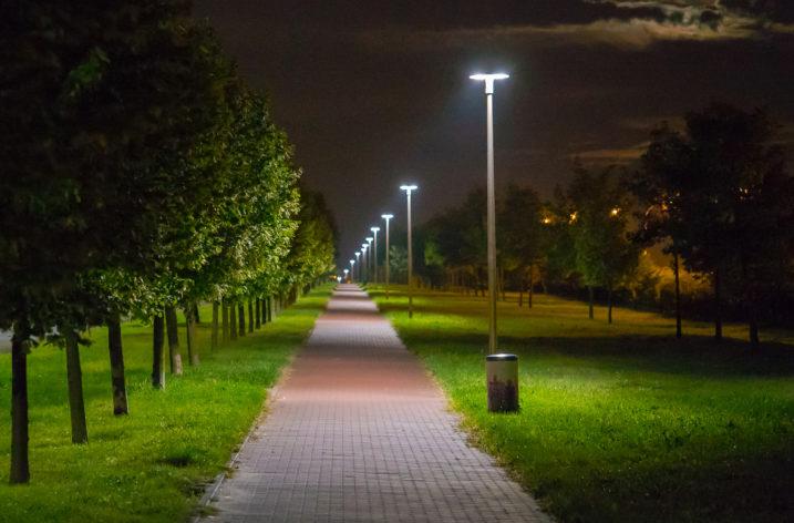 Zarządzanie oświetleniem w stylu smart