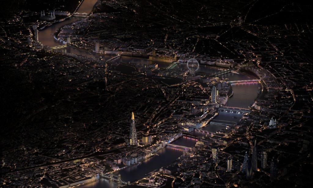 Iluminacja londyńskich mostów