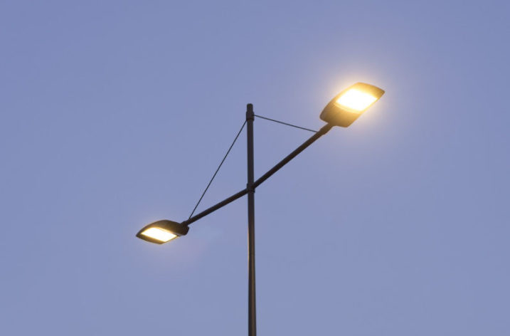 Kompleksowa modernizacja oświetlenia w Warszawie