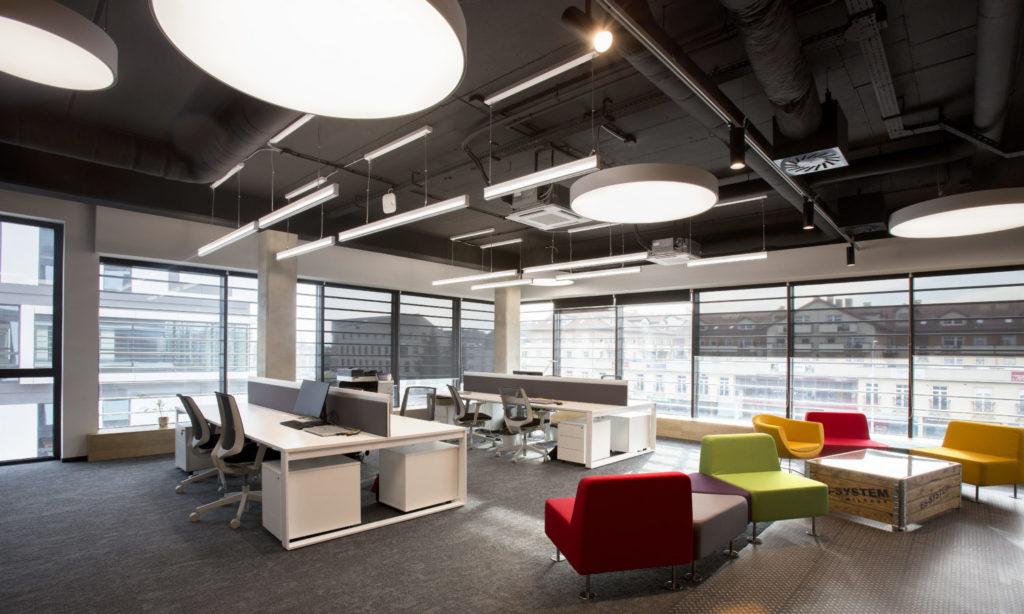 Technologia CIRCADIAN w biurze – idealne warunki do efektywnej pracy